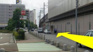 金沢駅リント前