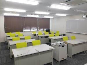 402教室